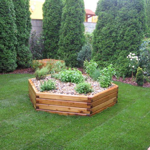 Magaságyás a növények védelmére